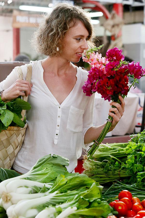 Veggie Cook Starter est une formation en ligne qui t'apprends à végétaliser ton alimentation en cuisinant sainement, simplement et pour pas cher (recettes vegan, végétariennes, sans gluten).